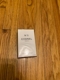 Chanel n5 brand new. Perfect gift with deal price