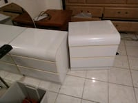 2 white nightstands Port St. Lucie, 34953
