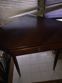 Corner desk $40 obo AS IS  Las Cruces, 88012