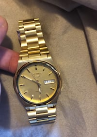 Vintage Gold Seiko series 5 automatic watch Laval, H7M 1A1