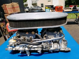 Chevy carburetor and manifold