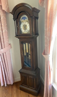 Grandfather clock Hagerstown, 21742