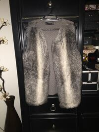 Zara faux fur vest medium  Calgary, T2A 7R1