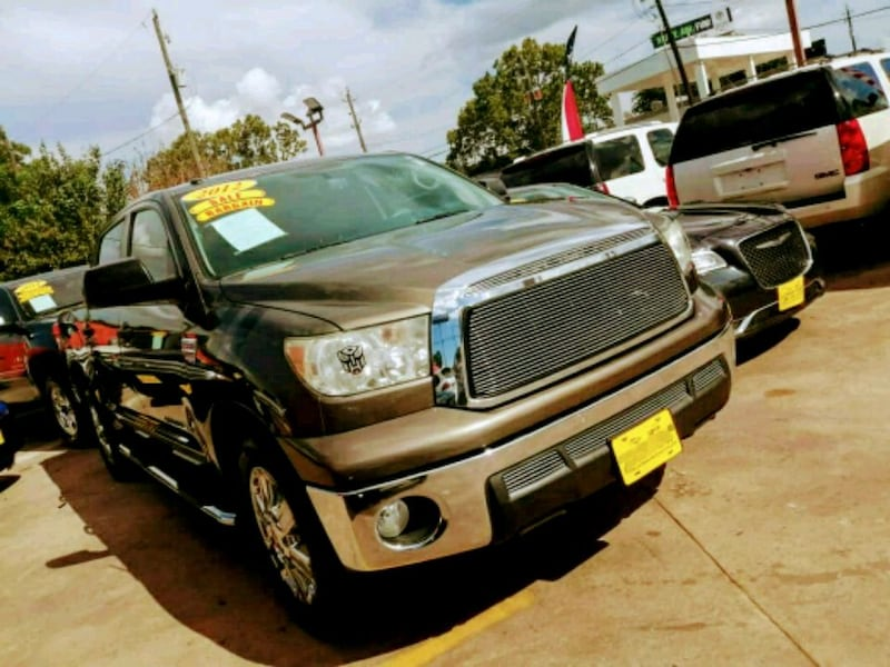 Toyota - Tundra - 2012 00481a33-aaca-4a67-8f99-be20540d66a9