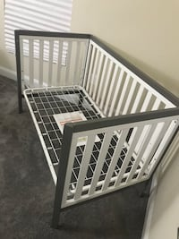 Baby's white and gray crib Waldorf, 20602