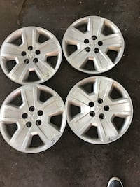 Set of x4 dodge caliber hubcaps ($75 for all) Mississauga, L5A