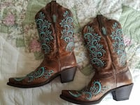 Cowgirl boots  size 10 m McSherrystown, 17344