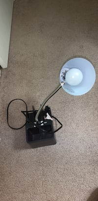 Desk lamp with outlet and phone charging port (obo) Ashburn, 20147