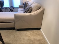 Sectional sofa (beige) 31 km