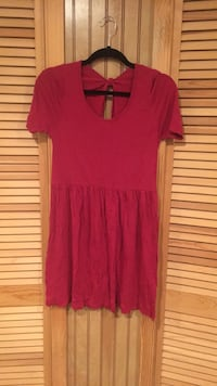 Pink dress with open back size M Oakton, 22124