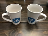 Tall snowflake mugs (the pair). Brampton, L6S 1P4
