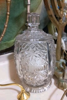 Crystal sugar pot