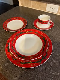 Christmas dish set for 8.