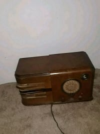 vintage brown stereo Oxon Hill, 20745