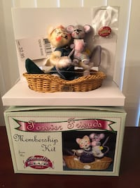 "ANNALEE  collectible  Mint in Box, 2003  ""Forever Friends"",  charming cat and mouse in basket.  $15 Hanover Township, 18706"