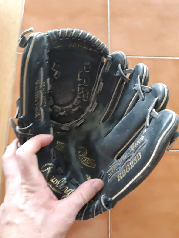Rawlings (left hand) leather glove 3