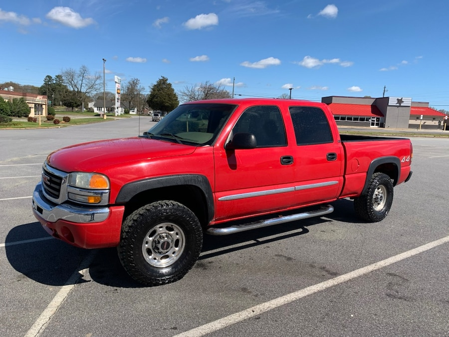 Photo 2003 GMC Sierra 1500HD 4WD Crew Cab 6 1/2-ft SLE trade for Jeep wrangler