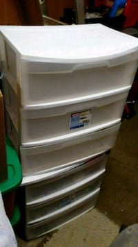$5ea 3drawer chests 5 avail Eugene, 97402