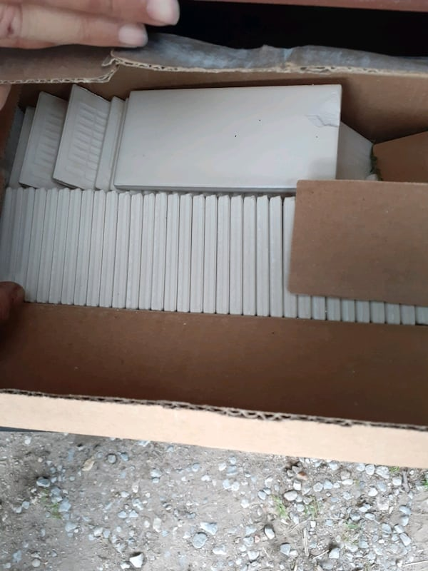 Lots of brand new tiles and backsplash 200.00 for all  0ce9565d-754d-447b-a76f-b7f8fe476c5b