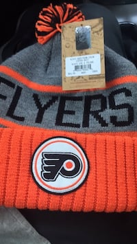 Brand New with tags Mitchell and Ness Beanie 156 mi