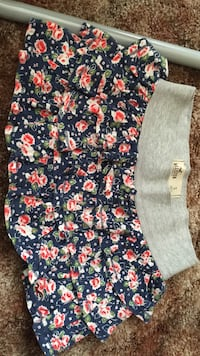 blue white and pink floral print skirt Norwalk, 90650