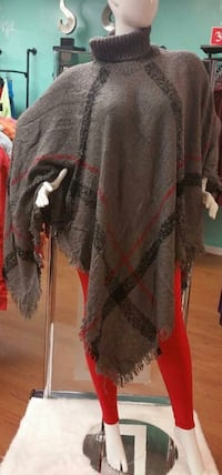 Brand New Gray Poncho for Sale  Bartow, 33830