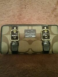 brown and gray Coach leather wristlet Metairie, 70003