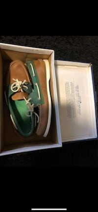 Sperry's green & brown Sz. 10.5 Fairfax, 22032