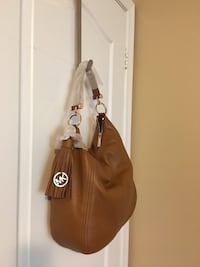 Michael kors original with tag size large Toronto, M9W 4M1