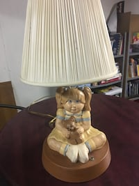 Cabbage patch kid doll lamp