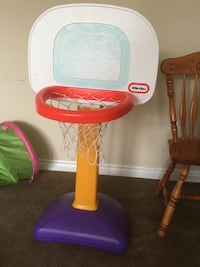 White and red little tikes basketball hoop Mississauga, L5N