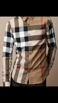 Burberry Plaid Longsleeve 100% Authentic Cash only Serious buyers only Brampton, L6V 0X5