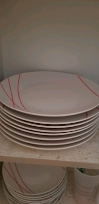 Brand new condition dishes! Set of 4 each  Toronto, M9V 3N8