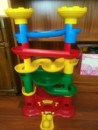 Castle Marble Run by Discovery toys