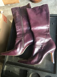 Womens purple leather boots size 7 Fort Worth, 76137