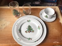 Full set of Christmas dishes, accessories and glasses Mount Airy, 21771