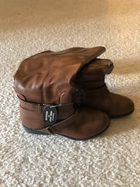 Brand new Brown boots 6.5 size Centreville, 20120
