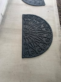 Set of 2 door mats ( one used inside, 1used outside