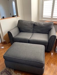 FREE DELIVERY TODAY ONLY - NICE MODERN GREY 4 PIECE COUCH SET - GREAT CONDITION Toronto, M1E