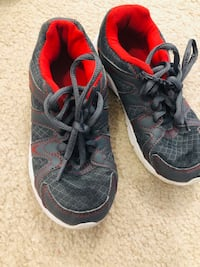 Running shoes size 13/half