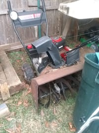 Craftsman snowblower for parts or fix New Milford, 06776