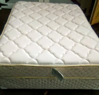 Full Size Mattress and Box Spring North Haven, 06473