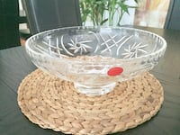 Round heavy clear cut glass bowl Vaughan, L4J 2V5