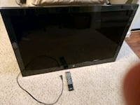 Westinghouse 46inch TV with wall mount Virginia Beach