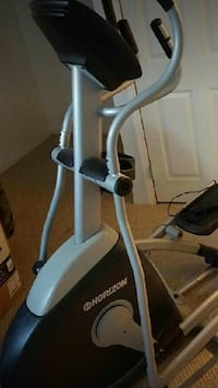Horizon 5.2 eliptical trainer Calgary