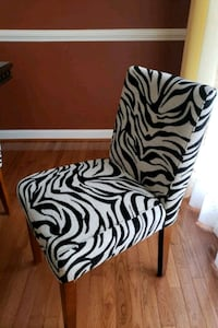 8 dining room chairs. Moving sale. Pick up ASAP Elkridge, 21075