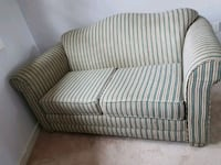 BEIGE 2 SEATER SOFA/COUCH GREAT CONDITION - DELIVE Toronto, M1P 4B2