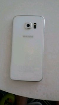 vit Samsung Galaxy android smartphone 6399 km