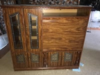 Solid wood vintage cabinet Toronto, M4S 2B1
