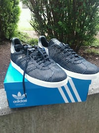 pair of black Adidas Gazelle Womens shoes with box Kent, 98031